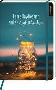 Cover-Bild zu myNOTES Notizbuch A5: I am a Daydreamer and a Nightthinker - notebook medium, dotted - für Träume, Pläne und Ideen / ideal als Bullet Journal oder Tagebuch