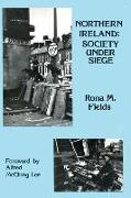 Cover-Bild zu Fields, Rona M.: Northern Ireland
