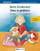 Cover-Bild zu Beim Kinderarzt. Deutsch-Französisch von Fischer, Ulrike