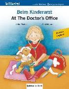 Cover-Bild zu Beim Kinderarzt Deutsch-Englisch von Fischer, Ulrike