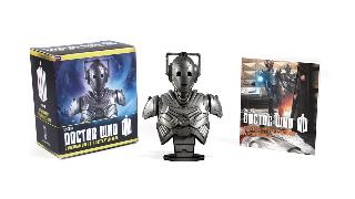 Cover-Bild zu Press, Running: Doctor Who: Cyberman Bust and Illustrated Book