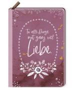 Cover-Bild zu Notizbuch mit Reißverschluss - Tu alle Dinge mit ganz viel Liebe