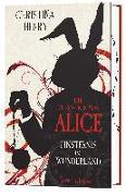 Cover-Bild zu Die Chroniken von Alice - Finsternis im Wunderland von Henry, Christina