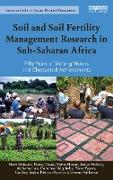 Cover-Bild zu Soil and Soil Fertility Management Research in Sub-Saharan Africa (eBook) von Mutsaers, Henk