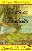 Cover-Bild zu Death on Daufuskie. Murder, Mystery and a Dash of Black Magic. (An Angela Morton Mystery, #3) (eBook) von Davis, Lucinda D.