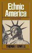 Cover-Bild zu Ethnic America von Sowell, Thomas