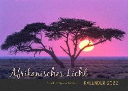 Cover-Bild zu Du Plessis, Claudia: AFRIKANISCHES LICHT - Kalender 2022 (A2-Format)