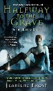 Cover-Bild zu Frost, Jeaniene: Halfway to the Grave