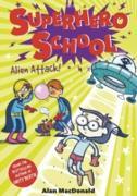 Cover-Bild zu Macdonald, Alan: Alien Attack! (eBook)