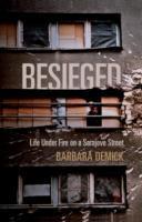 Cover-Bild zu Besieged von Demick, Barbara (Y)