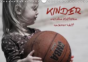Cover-Bild zu Stanzer, Elisabeth: Kinder aus den Kulturen unserer Welt (Wandkalender immerwährend DIN A4 quer)