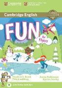 Cover-Bild zu Fun for Flyers Student's Book with Audio with Online Activities von Robinson, Anne