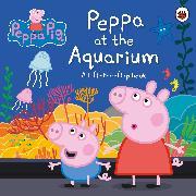Cover-Bild zu Peppa Pig: Peppa at the Aquarium