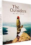 Cover-Bild zu The Outsiders von Bowman, J. (Hrsg.)