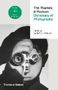 Cover-Bild zu Herschdorfer, Nathalie: The Thames & Hudson Dictionary of Photography