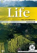 Cover-Bild zu Life Pre-Intermediate: Workbook with Key and Audio CD von Hughes, John