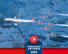Cover-Bild zu Faszination Air Force Kalender 2022 von Michel, Martin