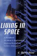 Cover-Bild zu Living in Space (eBook) von Stine, G. Harry